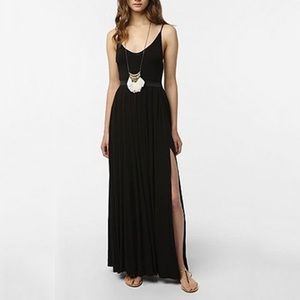 urban outfitters • goddess double slit maxi dress